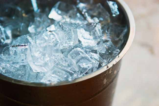 Top 5 Best Ice Buckets & Containers in India