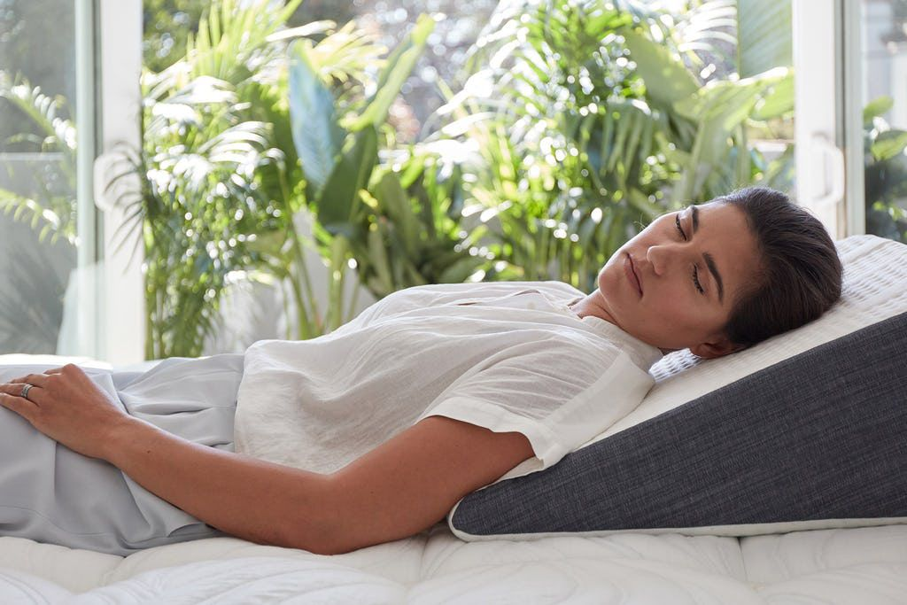 Image of: Best Bed Wedge Pillows In India 2020 Best Buy Review